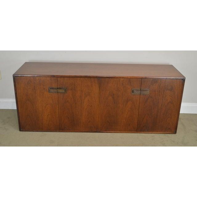 Mid-Century Modern Mid Century Modern Walnut Low 4 Door Credenza Cabinet For Sale - Image 3 of 13