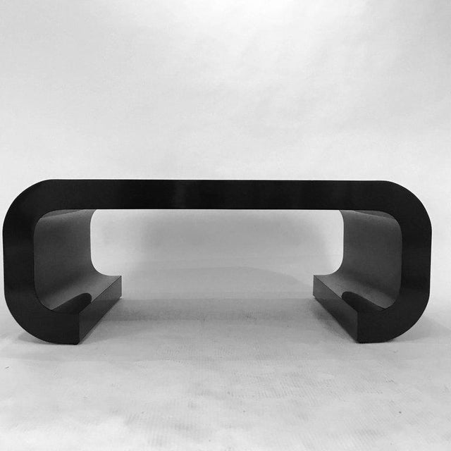 Sleek and Modern Chinoiserie Black Laminate Curved Coffee Table For Sale In New York - Image 6 of 8