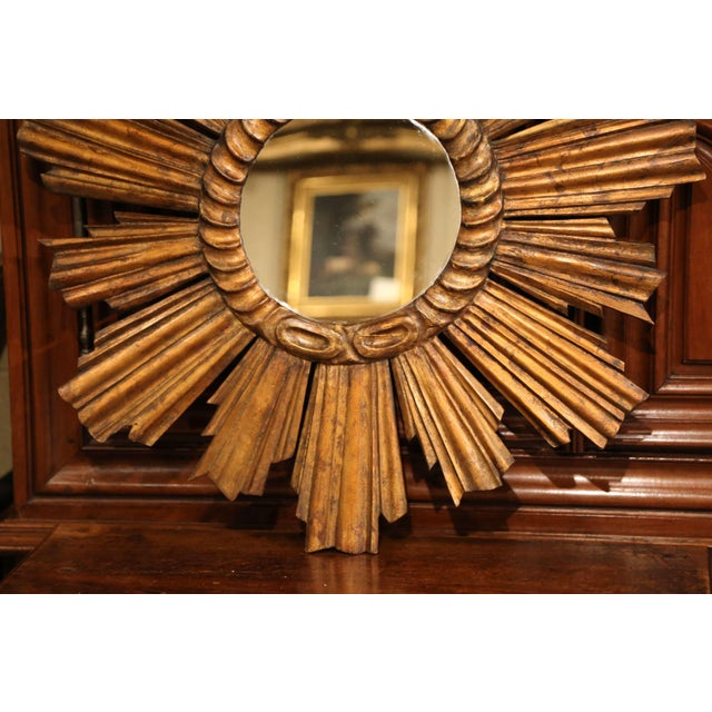 Early 20th Century French Carved Giltwood Sunburst Mirror For Sale In Dallas - Image 6 of 8