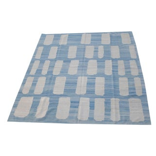 Late 20th Century Turkish Ivory & Blue Handmade Wool Flatweave Kilim Rug - 8′5″ × 9′10″ For Sale