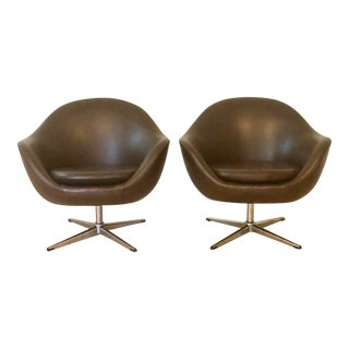 1960s Mid Century Modern Brown Swivel Pod Chairs - a Pair For Sale