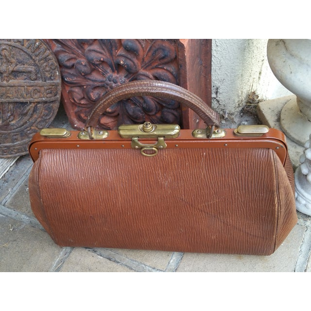 Victorian Leather Gladstone Bag - Image 5 of 7