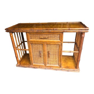 1970s Vintage Rattan Faux Bamboo American of Martinsville Expanding Dry Bar For Sale