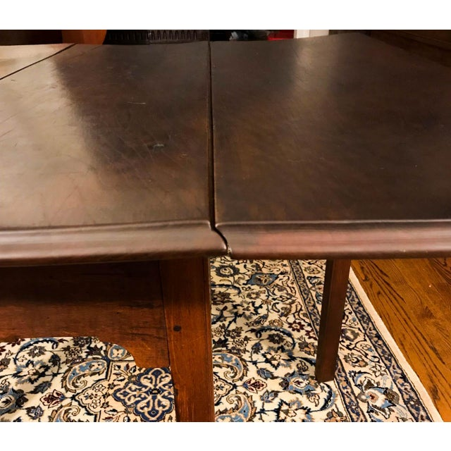 Brown 18th Century Chippendale Walnut Drop Leaf Table For Sale - Image 8 of 12