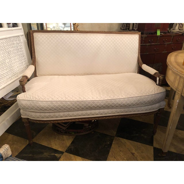 1920s French White Settee For Sale - Image 10 of 10