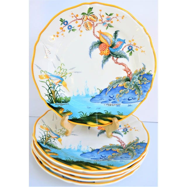 1980s Vintage French Gien Plates in Caraibes Pattern - Set of 5 For Sale - Image 5 of 9