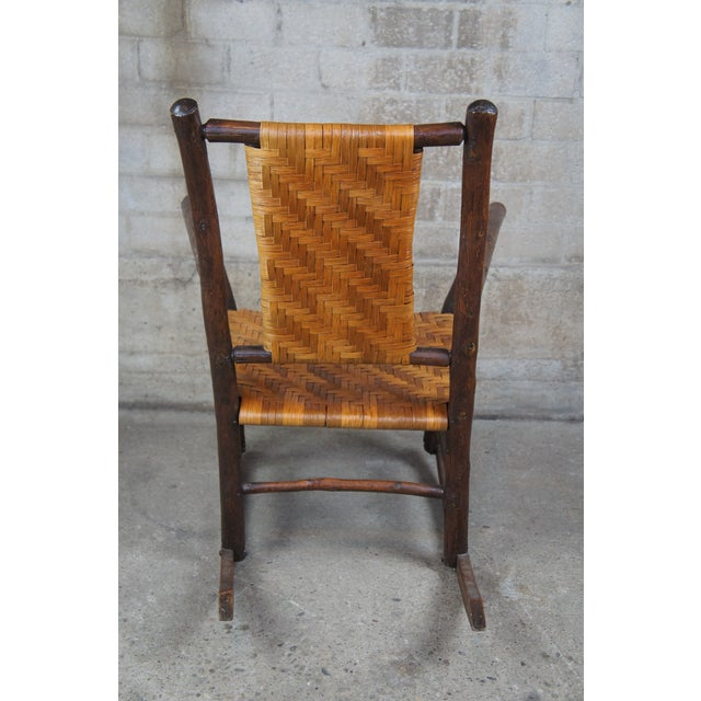 Early 20th Century Rustic Hickory Furniture Company No. 21 Rocker Adirondak Lodge Rocking Chair For Sale - Image 5 of 12
