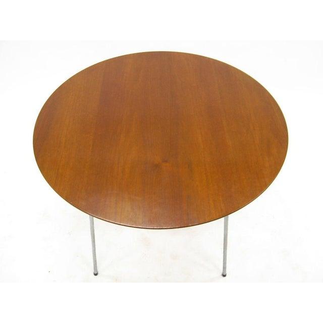 Model 3600 dining table by Arne Jacobsen for Fritz Hansen - Image 5 of 7