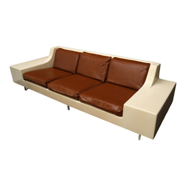 Mid-Century Modern 3-Seat Fiberglass Sofa With End Tables For Sale