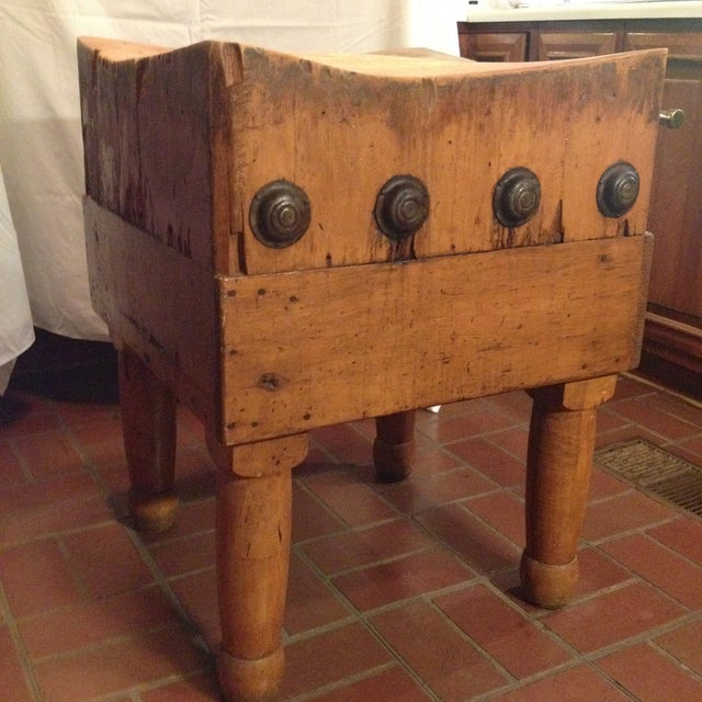 Vintage 1930's Maple Chopping Block Table - Image 2 of 7