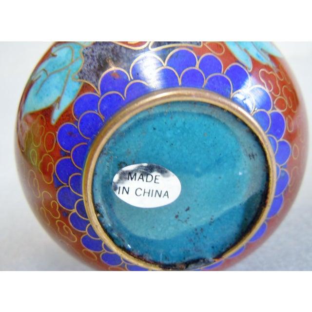 Asian Asian Style Cloisonné Bulbous Vase For Sale - Image 3 of 5