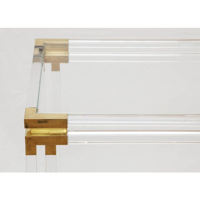 Mid-Century Modern Lucite and Brass Console For Sale - Image 3 of 7