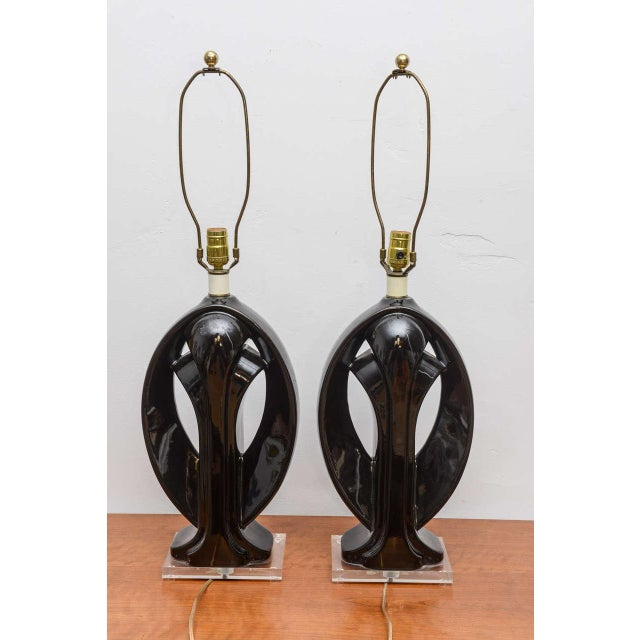 Ceramic and Lucite lamps, USA, 1950s For Sale - Image 4 of 9
