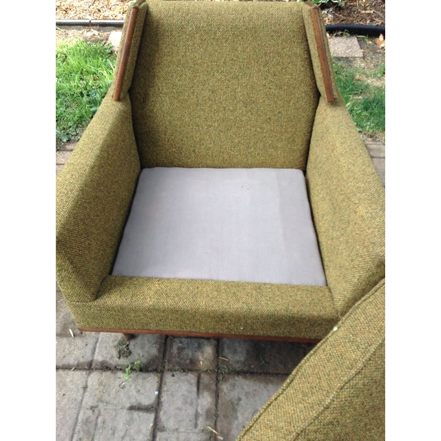 Textile 1960s Mid-Century Modern Army Green Wool Side Chair For Sale - Image 7 of 8