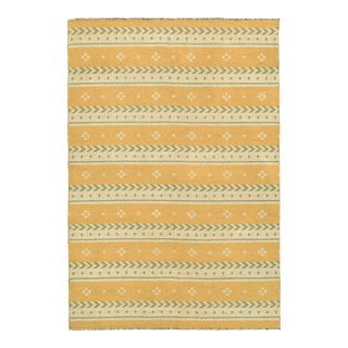 """Mid 20th Century Two-Sided Flat Weave Rug - 5'3"""" X 7'9"""" For Sale"""