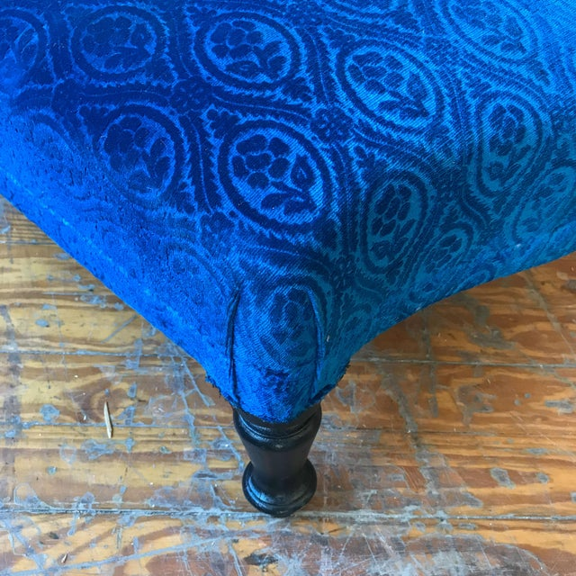19th Century Vintage Royal Blue Velvet Chaise For Sale - Image 9 of 12