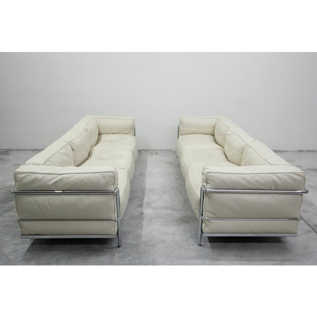Contemporary Authentic Pair of Lc3 Cassina Grand Modele 3 Seat Sofas by Le Corbusier For Sale - Image 3 of 13