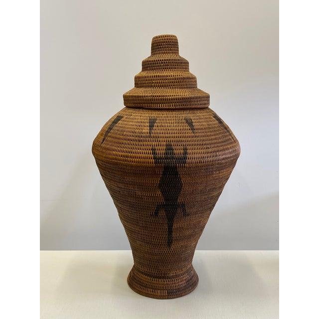 Tribal Vintage Urn Shaped Lidded Hand Woven Fiber Basket For Sale - Image 3 of 10