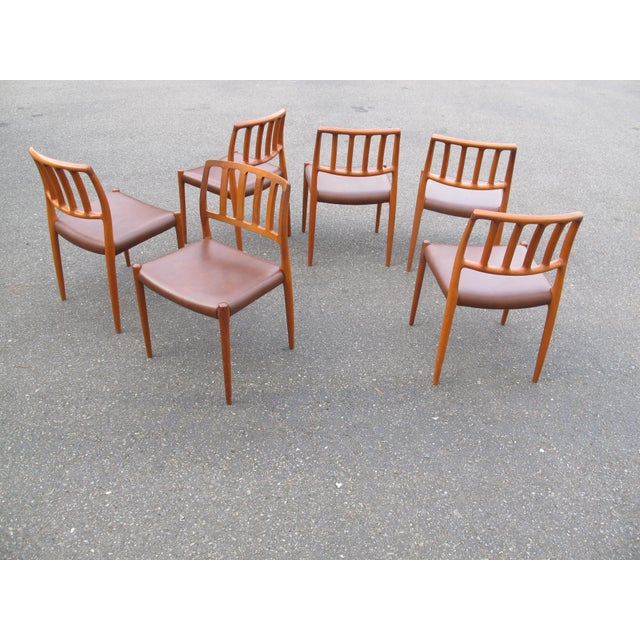 1970s Vintage Danish Modern Teak Moller 83 Dining Chairs- Set of 6 For Sale In Seattle - Image 6 of 7
