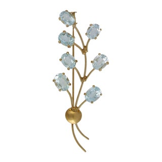 18k Gold Aquamarine Floral Pin / Brooch For Sale