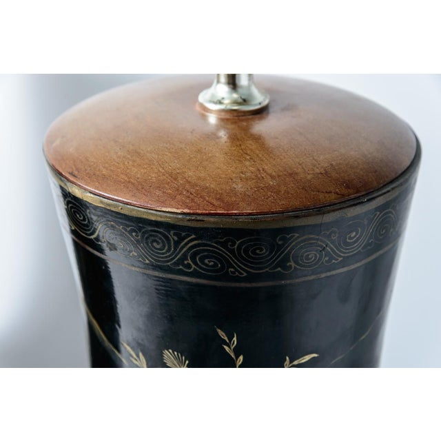 Pair of Antique Huge Chinoiserie Lacquer Urn Lamps C.1870-1890 For Sale - Image 4 of 12