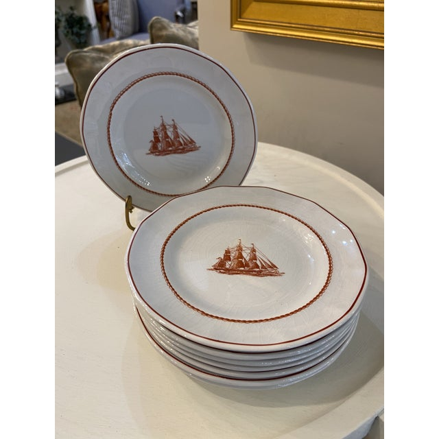 This is a beautiful set of Wedgwood plates. They could be used for bread and butter or dessert plates. They're a great...