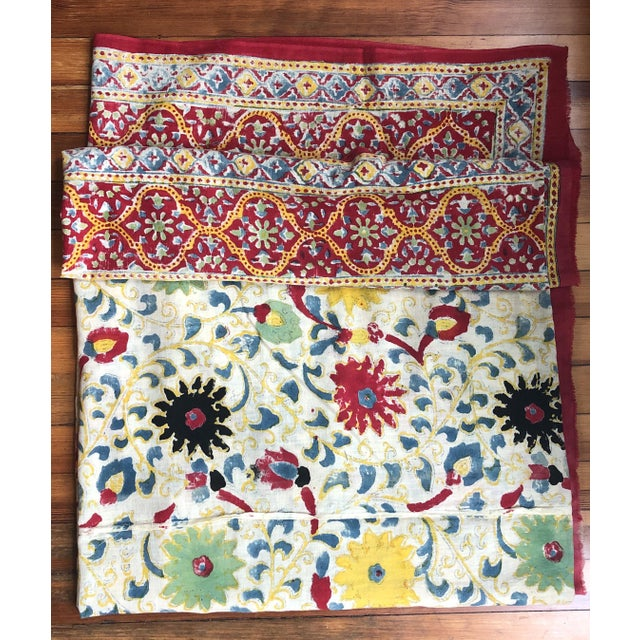 20th Century Turkish Hand Block Printer Suzani Bedspread or Tapestry For Sale - Image 4 of 7