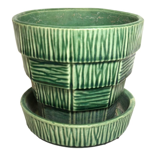 """McCoy Pottery 1940s - 1960s Small"""" Green"""" Mid-Century Flowerpot and Saucer For Sale"""