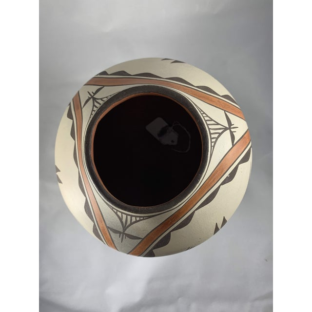 Clay Southwest Zia Pueblo Roadrunner Polychrome Pottery For Sale - Image 7 of 12