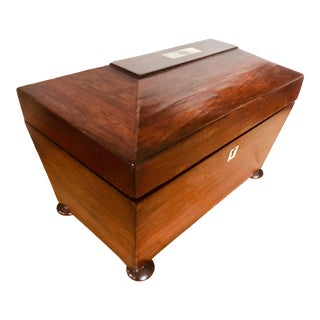 Mid 19th Century Rosewood Tea Caddy For Sale