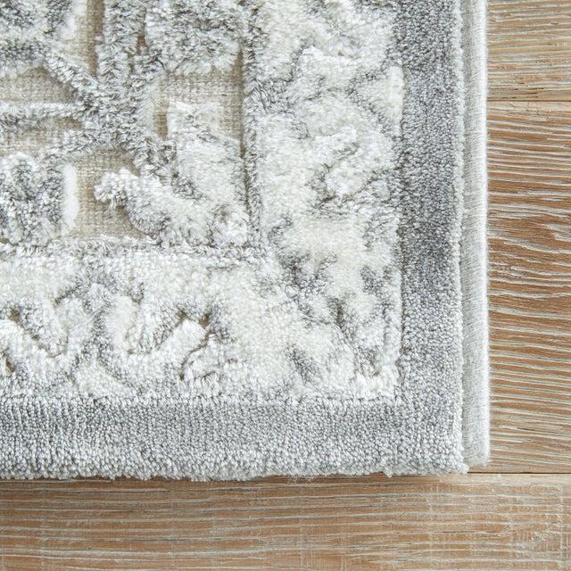 Jaipur Living Malo Medallion Gray & White Area Rug - 9' X 12' For Sale - Image 4 of 6