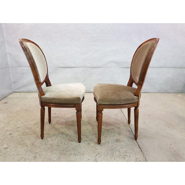 Gold Set of 6 Louis XVI French Medallion Beige Velvet Dining Chairs Two Armchairs Four Side Chairs For Sale - Image 8 of 13
