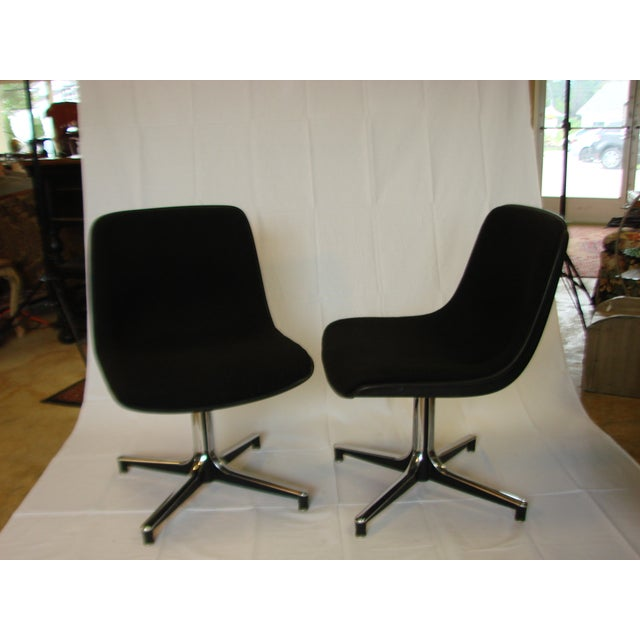 Eero Saarinen Vintage GF Chairs with Chrome Bases - A Pair For Sale - Image 4 of 5