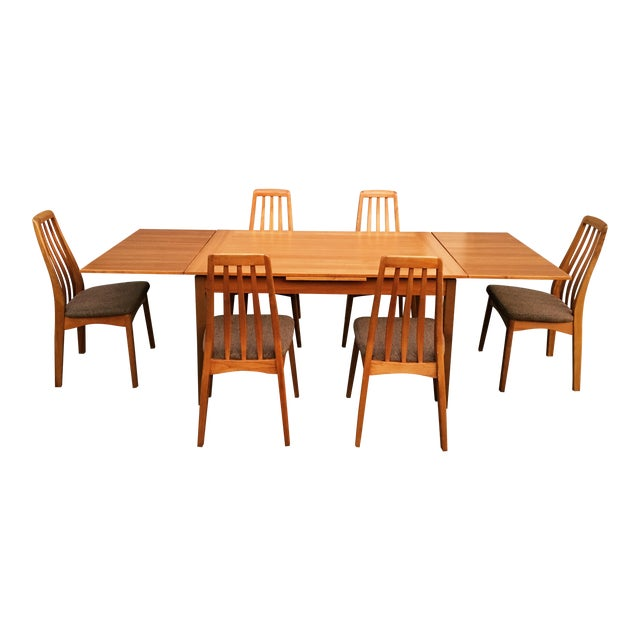 Benny Linden Design Mid-Century Dining Table & 6 Chairs For Sale