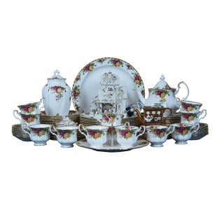 Late 20th Century Royal Albert China Old Country Roses England Dinnerware- 80 Pieces For Sale