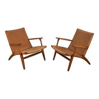 Pair of Hans J. Wegner Ch-25 Armchairs