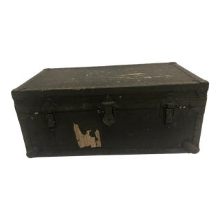 Vintage Industrial Wwii Military Foot Locker Trunk With Tray For Sale