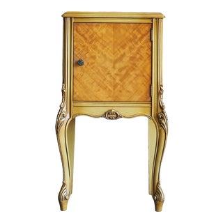 Vintage French Provincial Veneered Nightstand For Sale