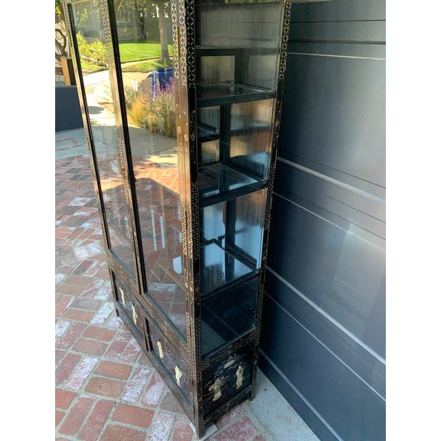 Asian Vintage Black Lacquer Chinoiserie China Cabinet For Sale - Image 3 of 13