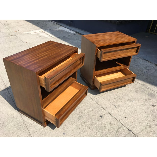 1950s 1950s Mid Century Modern Triangle Brand Mahogany Nightstands - a Pair For Sale - Image 5 of 11