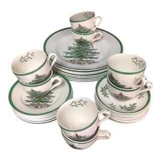 Spode Christmas Tree Dinnerware Service for 8 For Sale