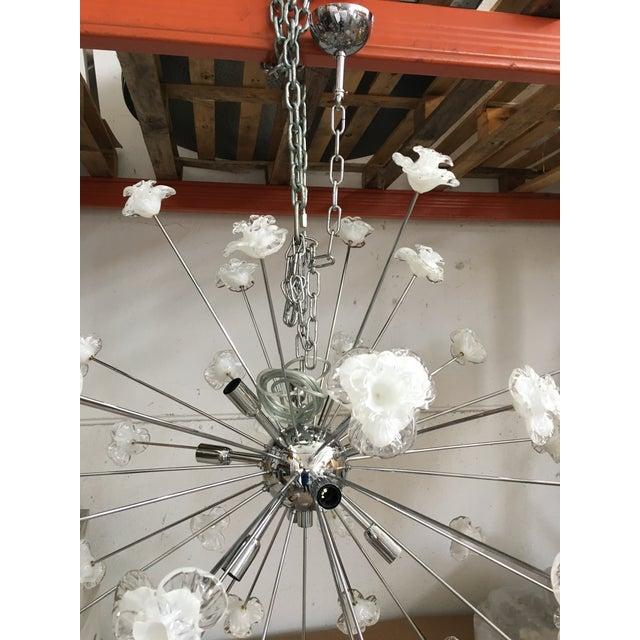 Modern Murano Glass Triedo Sputnik Flower Chandelier For Sale - Image 6 of 7