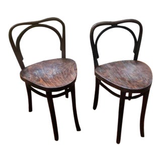 Triangulated Bentwood Ice Cream Parlor Chairs - a Pair For Sale