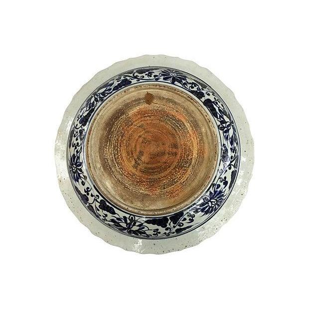 Oversize Blue & White Chinese Warrior Bowl - Image 5 of 5