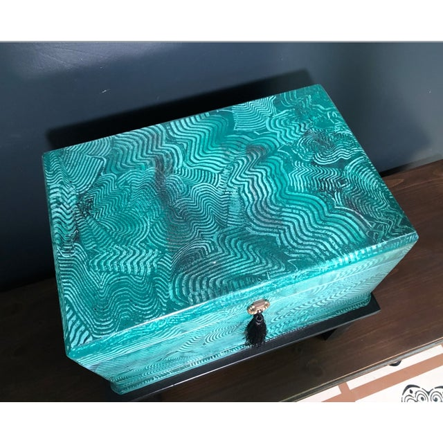 Green 1960s Vintage Faux Malachite Box For Sale - Image 8 of 9