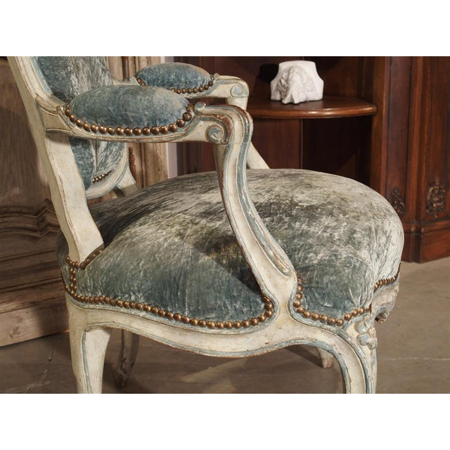 Pair of Period French Louis XV Blue and Cream Lacquered Cabriolet Armchairs For Sale In Dallas - Image 6 of 13