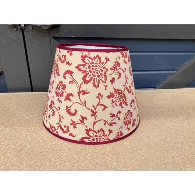 Brunschwig & Fils Brunschwig & Fils Floral Print Fabric Lampshade For Sale - Image 4 of 4