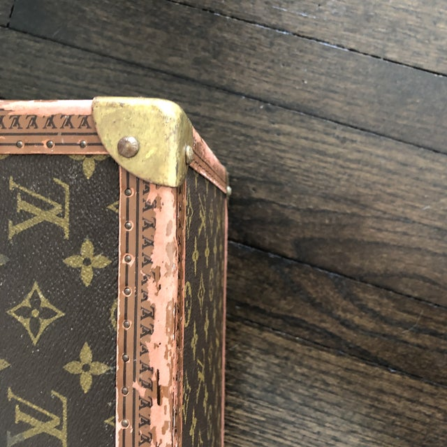 1980s French Louis Vuitton Canvas and Leather Train Case For Sale - Image 9 of 12