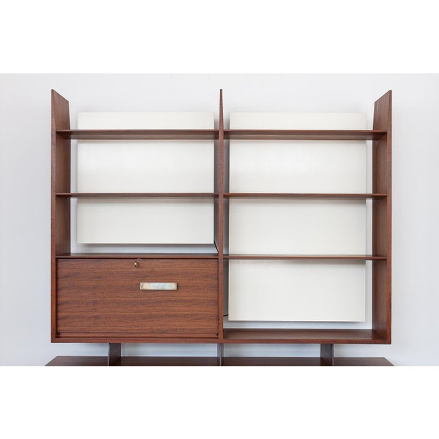 Gio Ponti for Singer & Sons Model 4120 Walnut Display Cabinet - Image 3 of 11