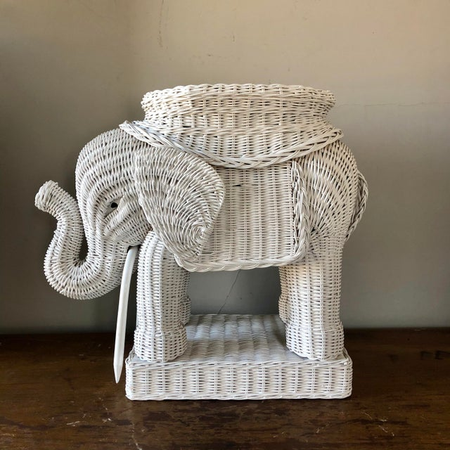 Wicker Vintage White Wicker Elephant Side Table For Sale - Image 7 of 7